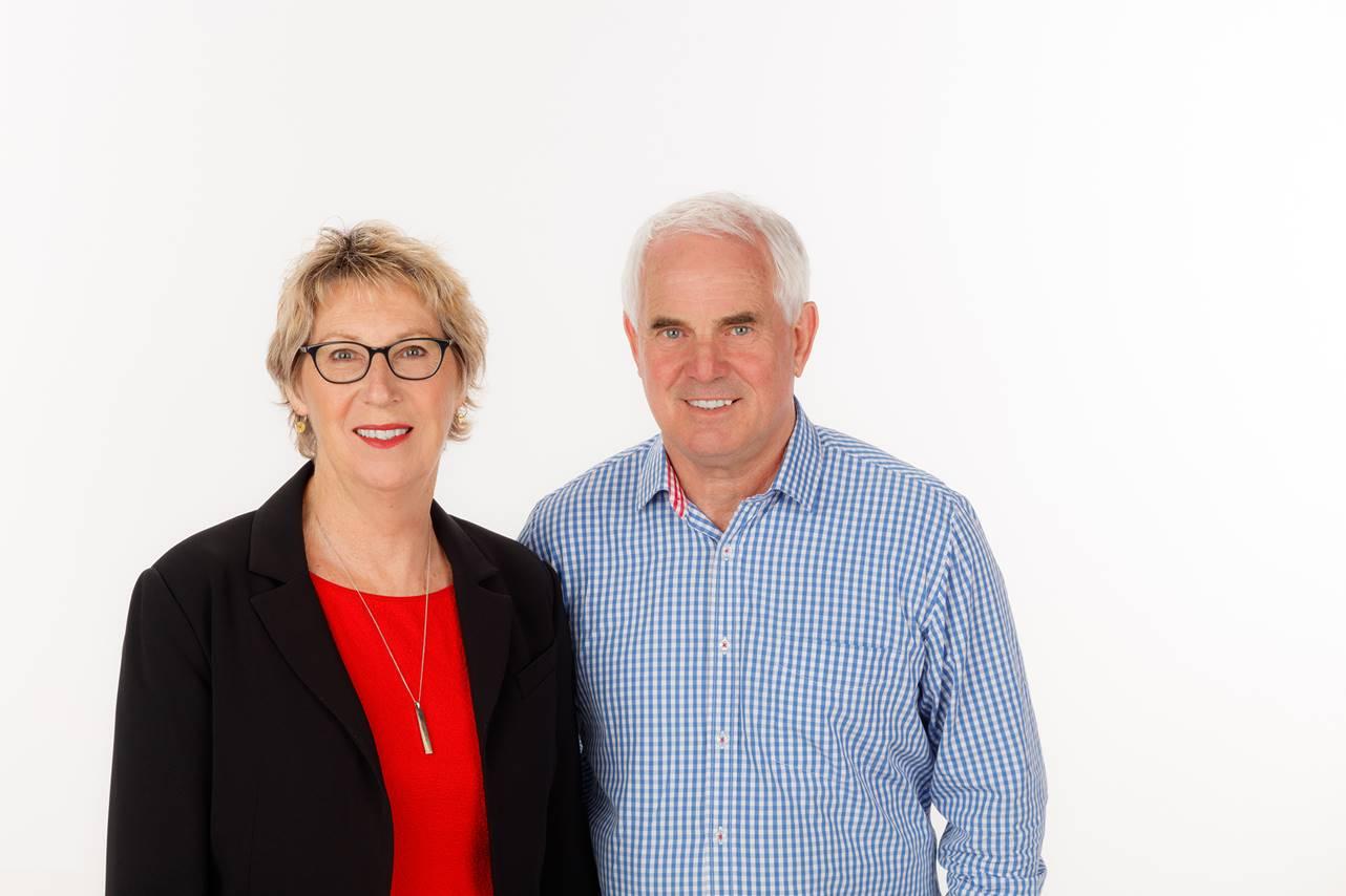 Larry & Jane Ellison