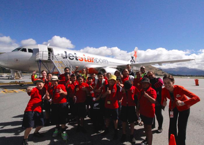 Jetstar-students-NEWS
