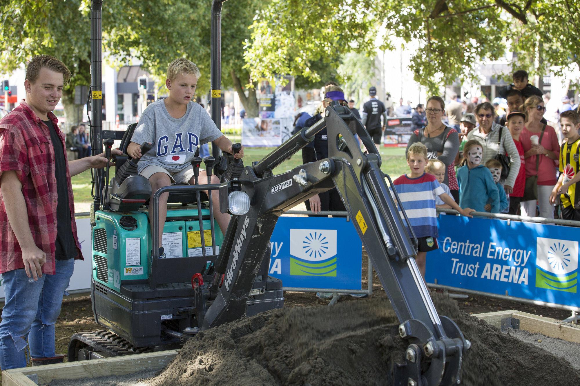 Small Digger Driver