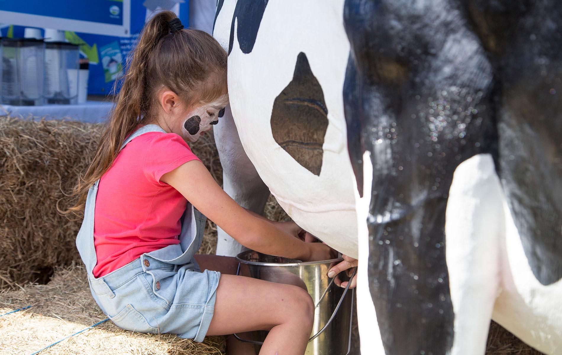 Cow Milkinq